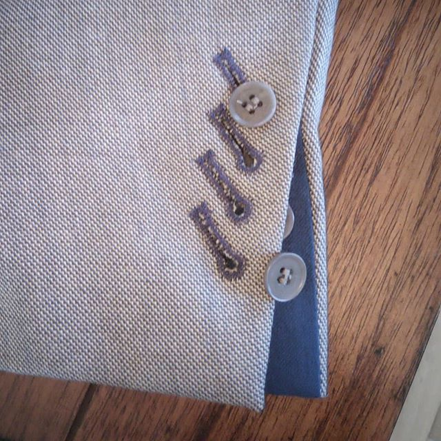 It's not just any cuff, it's a flash cuff complete with slanting working button holes and feature coloured thread.  This client was so demanding – well, it is my own suit
